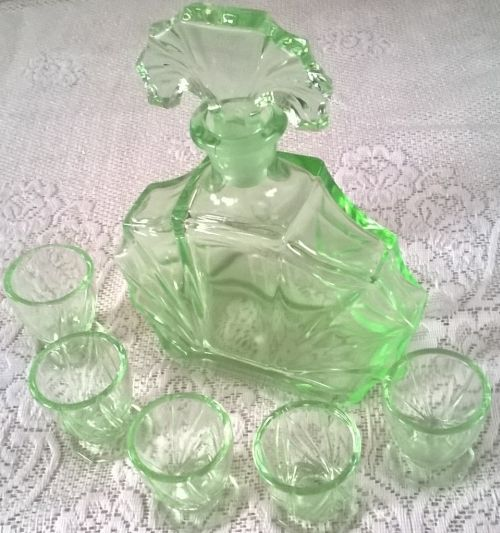 Art deco uranium glass decanter set